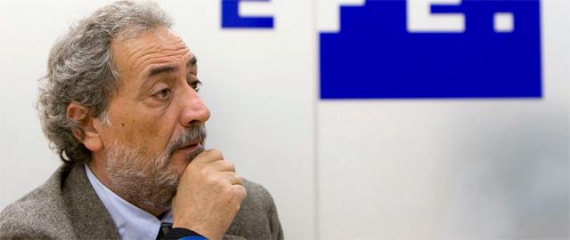 """PSOE y PP-A se alían contra el cura Chamizo: """"Me tienen mucho odio"""""""