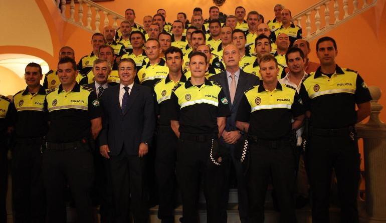 La Policía Local de Sevilla: sin patillas ni coleta… ni coches patrulla para vigilar