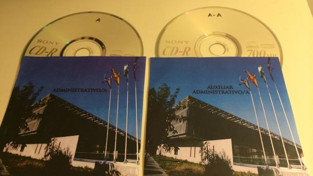 La Diputación de Málaga vende por 4 € un CD con las preguntas de sus oposiciones
