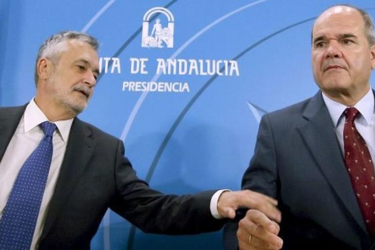 Continúa la instrucción contra Chaves y Griñán en el caso de los ERE