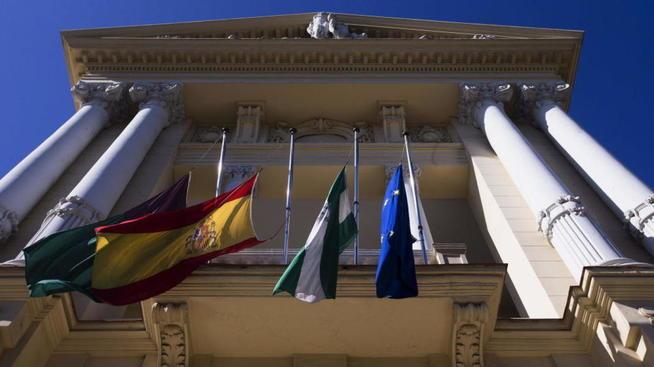 El pleno de Málaga 'tumba' los falsos autónomos del Ayuntamiento