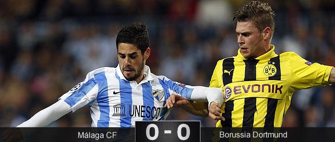 El Málaga resiste al asedio del Dortmund y se 'apunta' a la vuelta