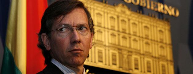 Bernardino León: «Madina es diferente y carismático como Felipe o Zapatero»