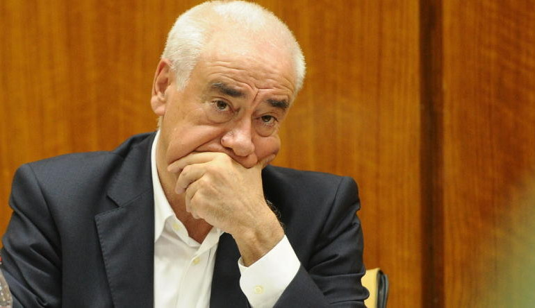 PP y UPyD exigen ya la destitución del consejero Alonso por el fraude de los cursos