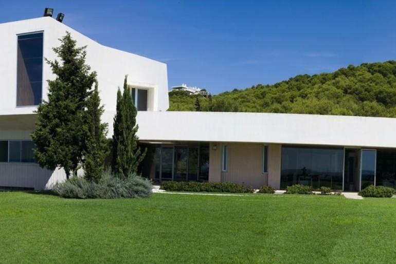 El Ayuntamiento de Málaga gasta 400.000 euros en contratar a 'falsos' autónomos