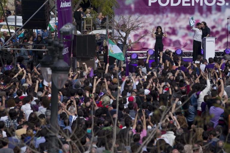 Ex altos cargos de la Junta y 'heavies': retrato-robot de los mítines de Podemos