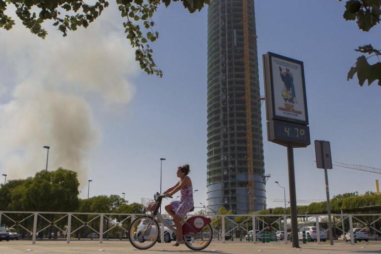La Torre Pelli aún carece de contenido a seis meses de su inauguración