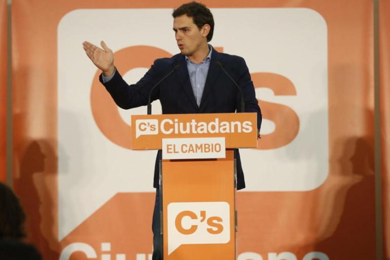 Ciudadanos avisa a sus electos por Whatsapp: «No nos gustaría expulsar ya a cargos políticos…»