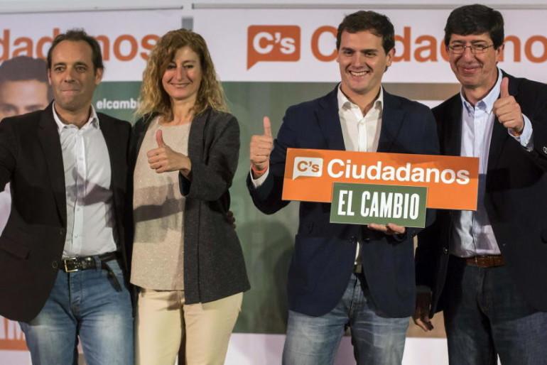 """El tuit de 2009 que acosa al líder de C's en Málaga: """"Me cago en la puta de España…"""""""