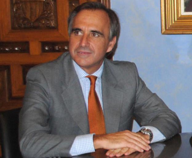 Una plaza en Córdoba para el excomisario de Aguas del Guadalquivir