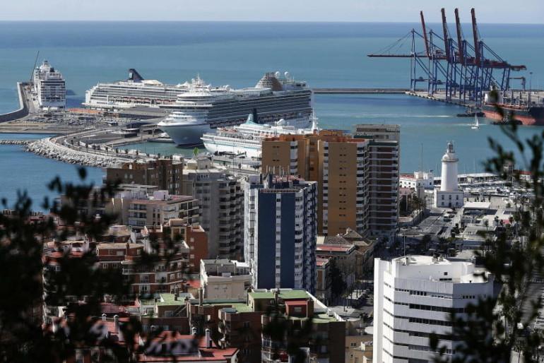 El hotel-rascacielos del Puerto de Málaga