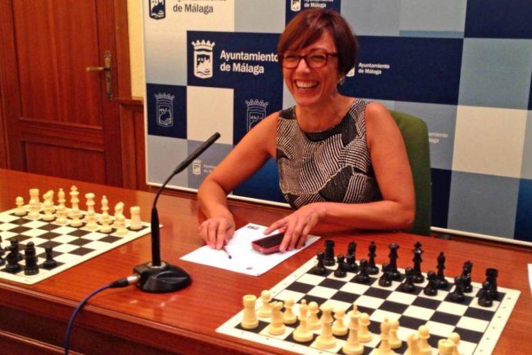 María Gámez abandona la política