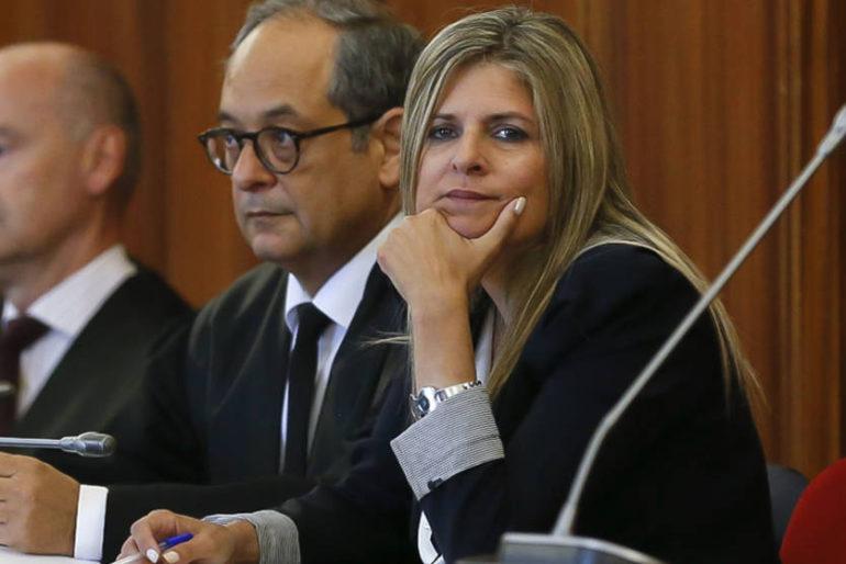 Entrevista a la exalcaldesa condenada por el bolso de Loewe